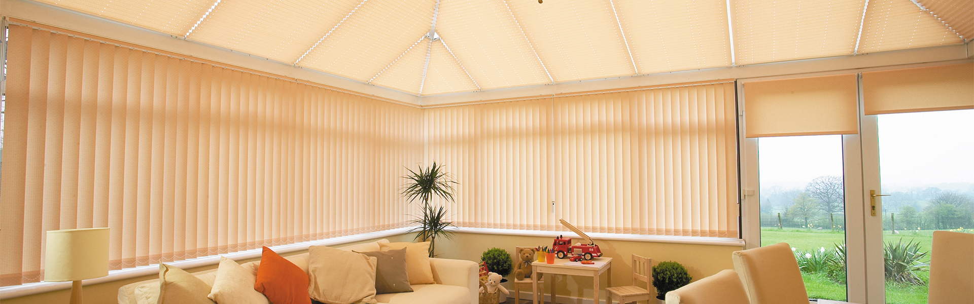 conservatory-blinds-hero-1