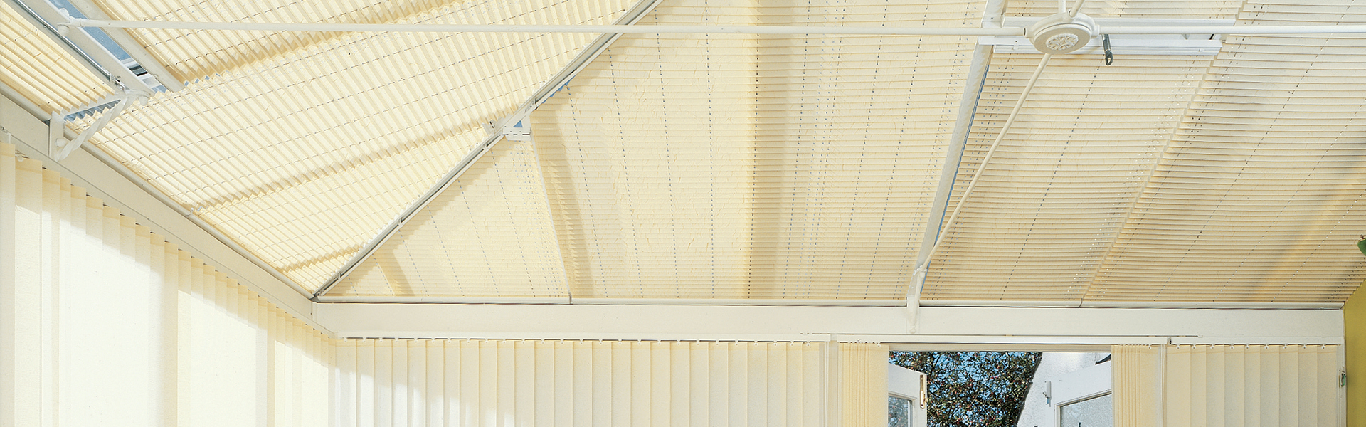 conservatory-roof-blinds-hero-2